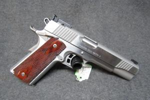 Kimber Stainless Gold Match II .45ACP Pistol